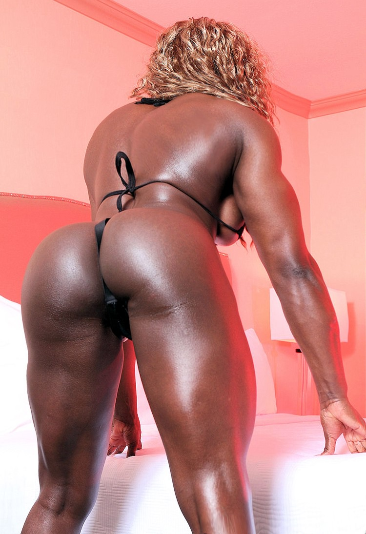 sexy black female bodybuilder with huge muscles pichunter