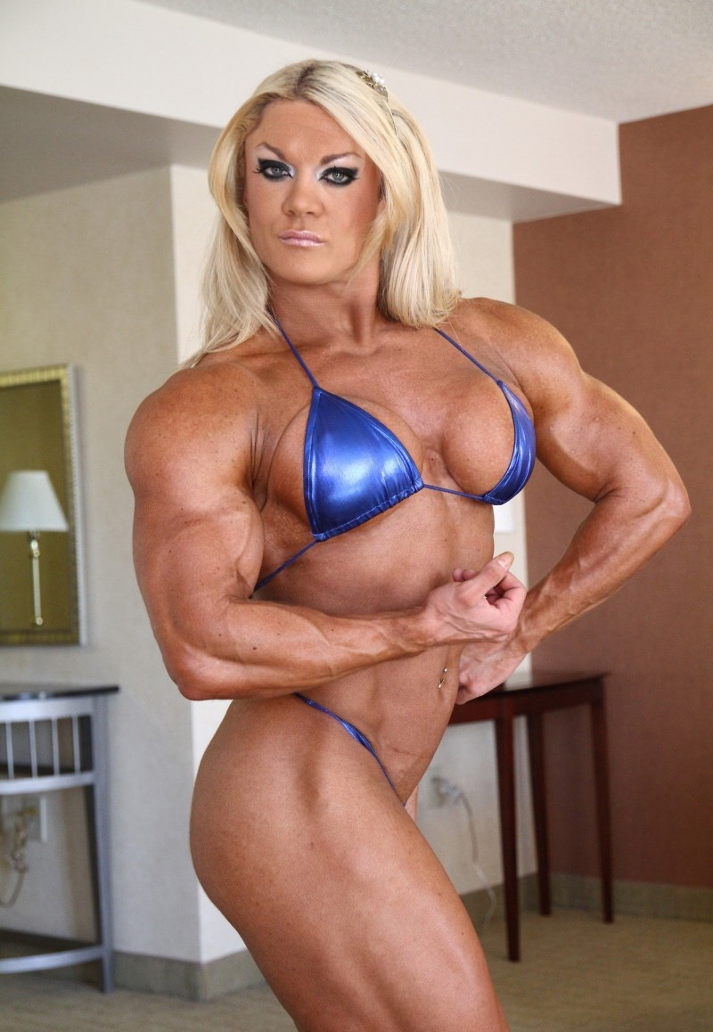 Amazing muscle girl brigita brezovac flexing her ultimate hardbody 5