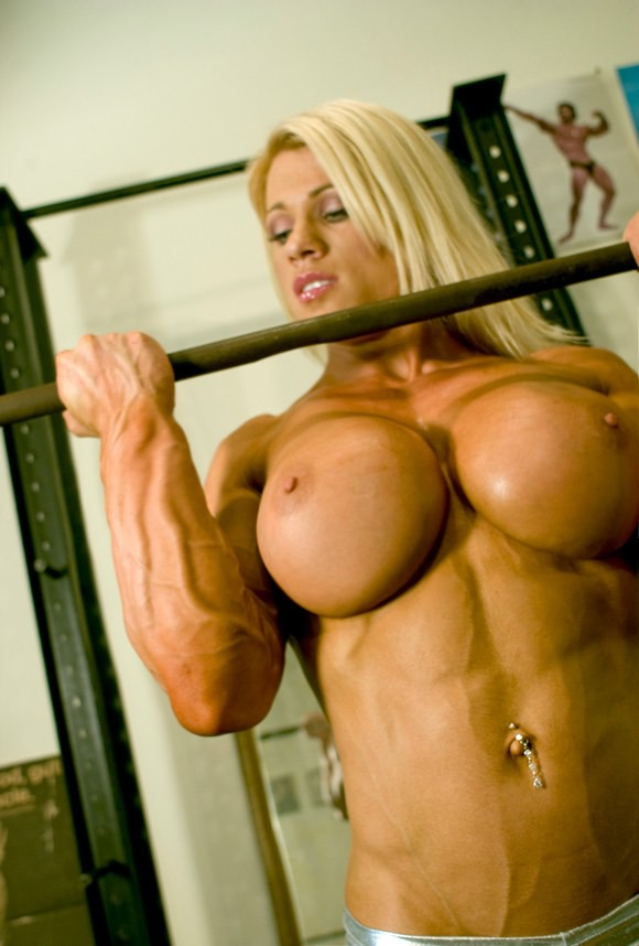 Sum big blonde body boob builder man does