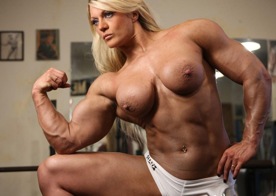 сильные голые бабы фото