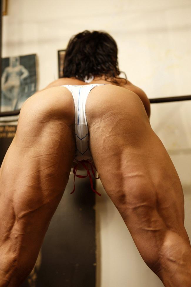 Huge Muscle Women Female Bodybuilder