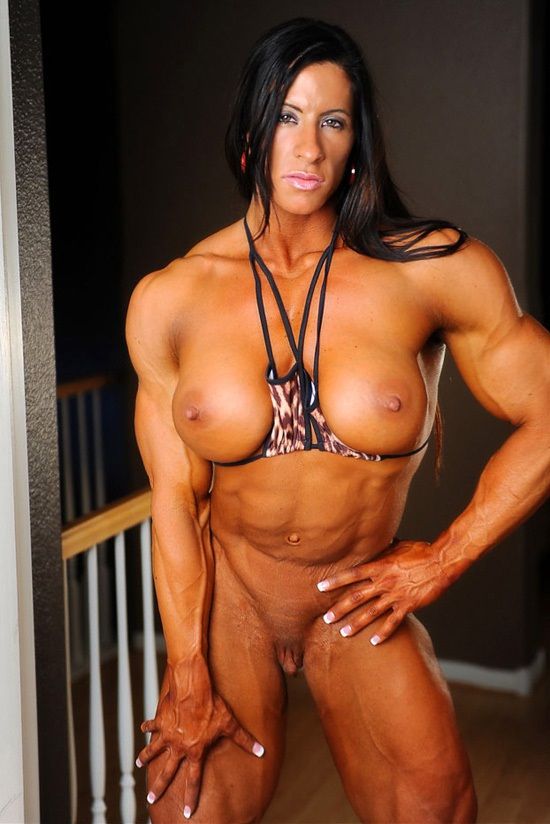 Female muscler escorts