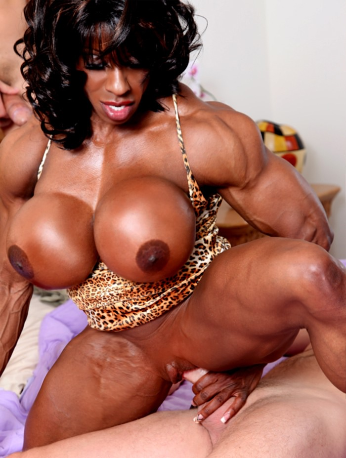 huge black female bodybuilder fucks