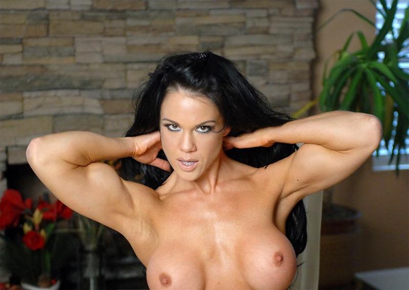 Nude fitness girls flexing